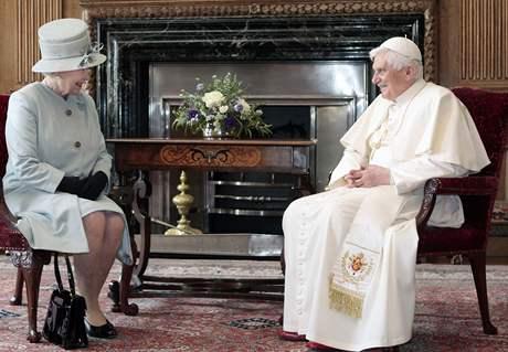 Papal tribute to Queen Elizabeth II